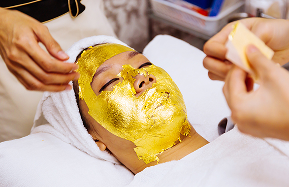 CLEOPATRA EXCLUSIVE 24KARAT FACIAL