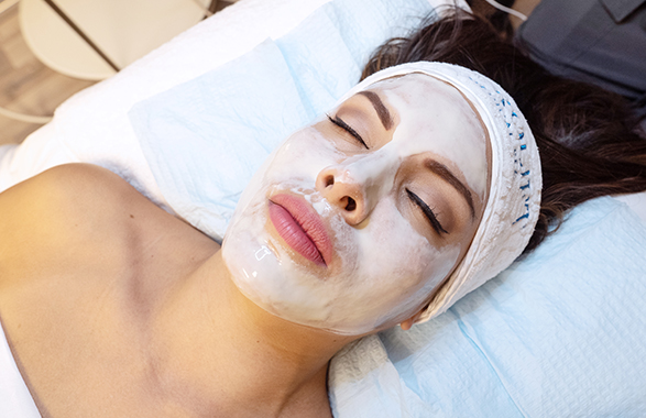 Therapeutic Heat Facial